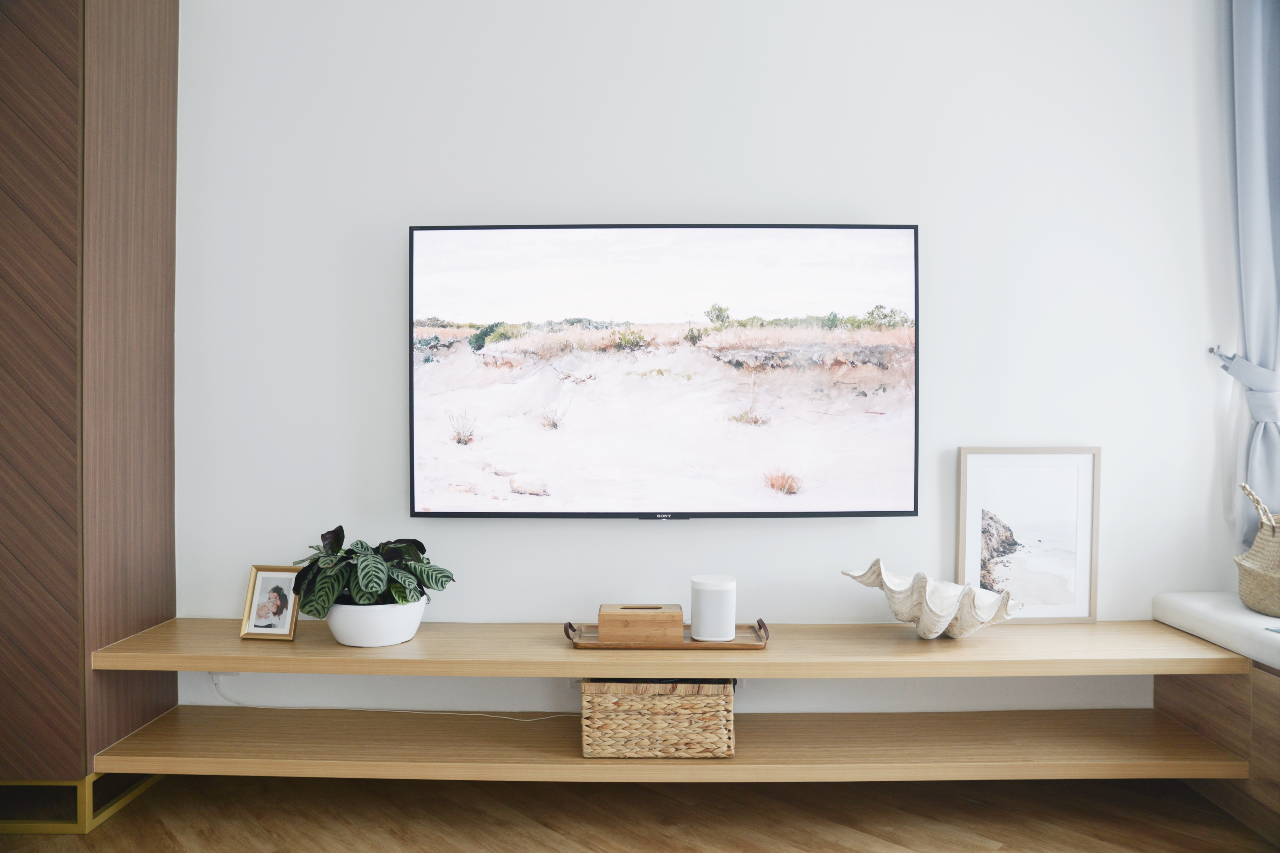 How to style a TV console